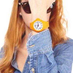 De mooie horloges zijn gemaakt van een ijzersterk siliconen materiaal en zijn voorzien van eenverstelbare horlogeband.