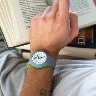 Mash up Bicolor Medium Ø 40 mm Darkgrey Acdgreen horloge